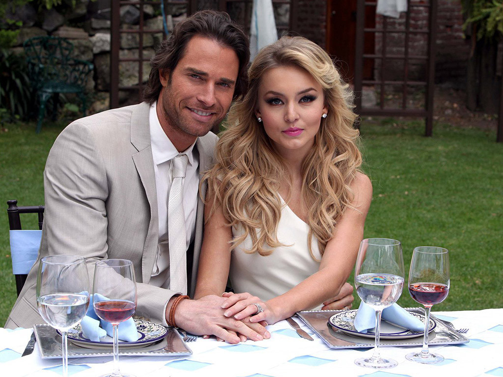 Sebastian Rulli and Angelique Boyer