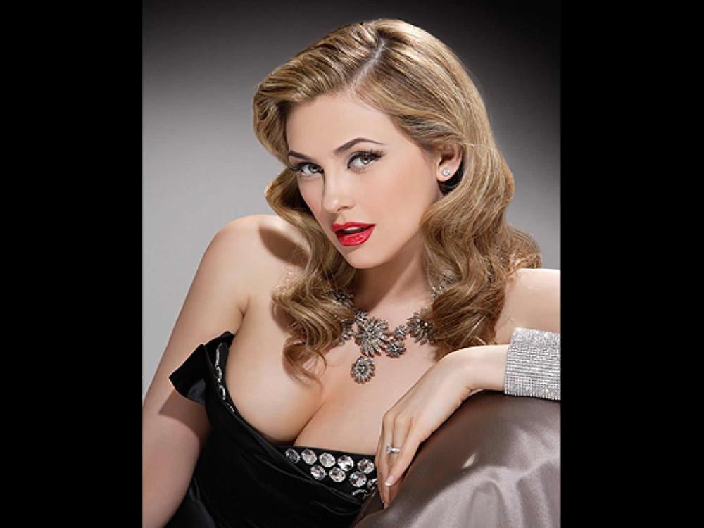 Aracely Arambula Boasts Of Her New Look. Blondes' Rocks!