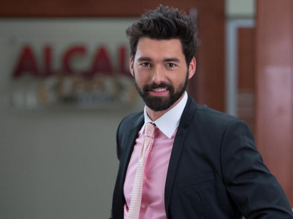 Gonzalo Peña as Federico